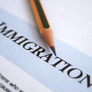 small_immigration_09